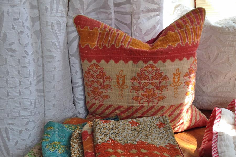 Kissen aus alten Gudri-Decken